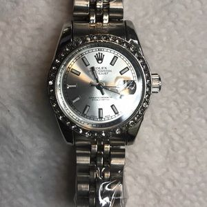 Accessories - Women's 26mm Datejust luxury watch